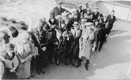 Richard and Evelyn Forrest board the S. S. Aquitania