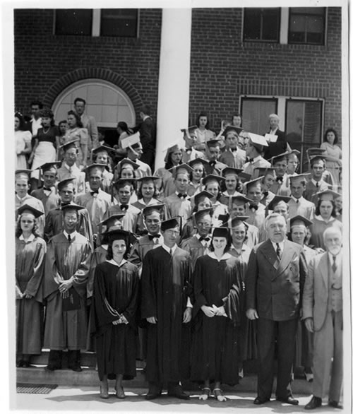 1920 Students and Graduates