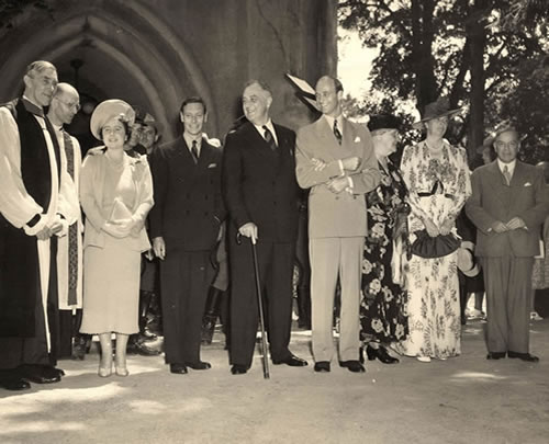President and Mrs. Franklin Rossevelt attend church with the King and Queen of England